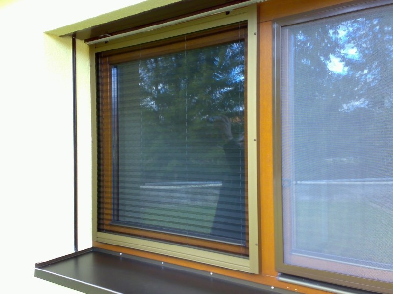 Horizontální plisé síť do okna