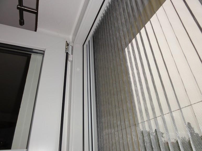 Vertikální plisé síť proti hmyzu