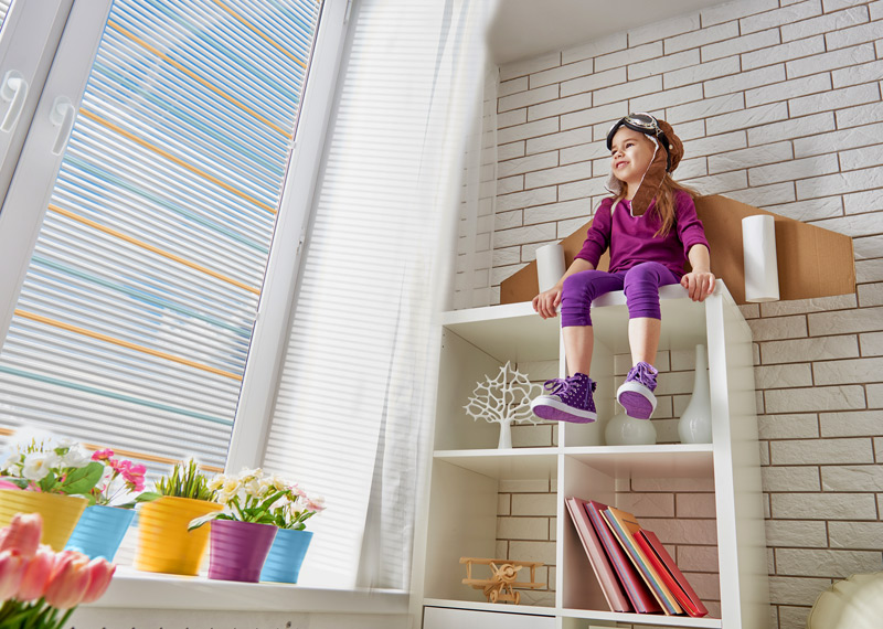Trojbarevná žaluzie Kreativ B201 do dětského pokoje