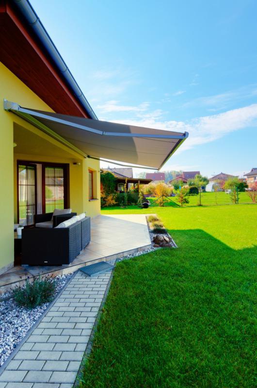 Efektivní stínění terasy pomocí markýzy PrimaBox